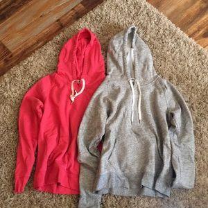 Set of 2 medium old navy hooded sweatshirts
